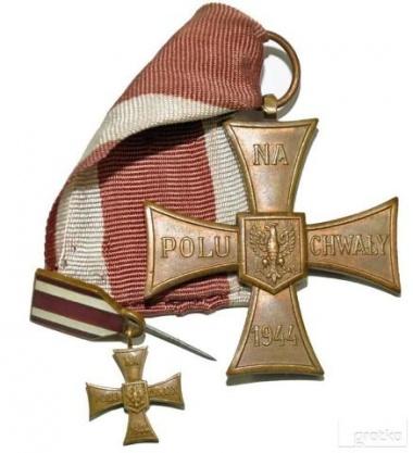 Kupie Wojskowe stare Odznaczenia,Odznaki,Medale,Ordery Kliknięcie w obrazek spowoduje wyświetlenie jego powiększenia