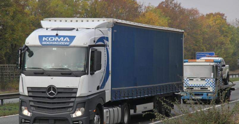 Kierowcę C+E zatrudnię na trasu Niemcy-Anglia-Niemcy Kliknięcie w obrazek spowoduje wyświetlenie jego powiększenia