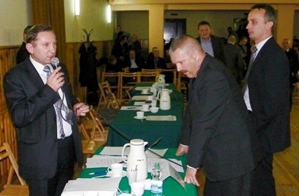 Radni chcą odwołania burmistrza Kliknięcie w obrazek spowoduje wyświetlenie jego powiększenia
