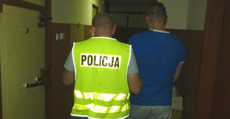 Oszukiwał przez dwa lata przez internet. Został zatrzymany przez płońską policję Kliknięcie w obrazek spowoduje wyświetlenie jego powiększenia