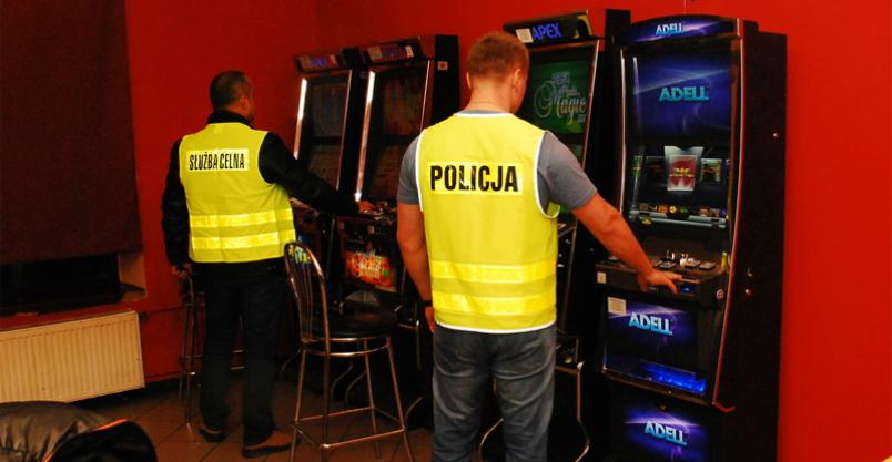 Nielegalny hazard w kontenerach Kliknięcie w obrazek spowoduje wyświetlenie jego powiększenia