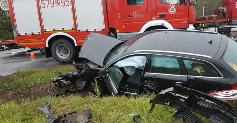 Wypadek w Poczerninie. Kierowca w Stanie krytycznym Kliknięcie w obrazek spowoduje wyświetlenie jego powiększenia