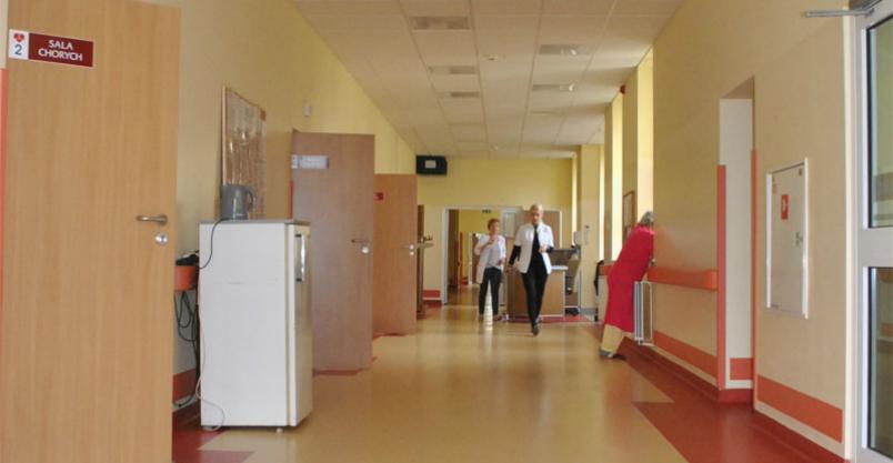Zakażony pacjent na oddziale internistycznym  Kliknięcie w obrazek spowoduje wyświetlenie jego powiększenia
