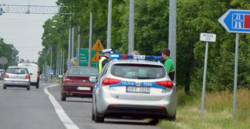 Pijany kierowca spowodował kolizję – dwa zderzenia na K7 Kliknięcie w obrazek spowoduje wyświetlenie jego powiększenia
