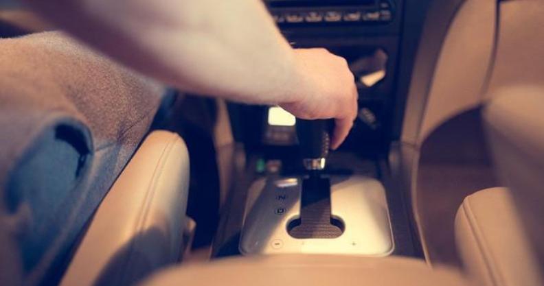 17-latek bez prawa jazdy zabrał koleżankę na przejażdżkę. Sprawą zajmie się sąd  Kliknięcie w obrazek spowoduje wyświetlenie jego powiększenia