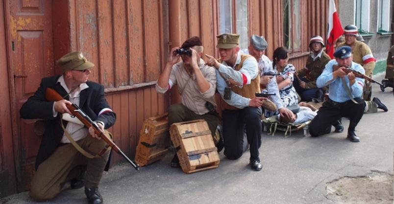 Lekcja historii na płońskich ulicach Kliknięcie w obrazek spowoduje wyświetlenie jego powiększenia